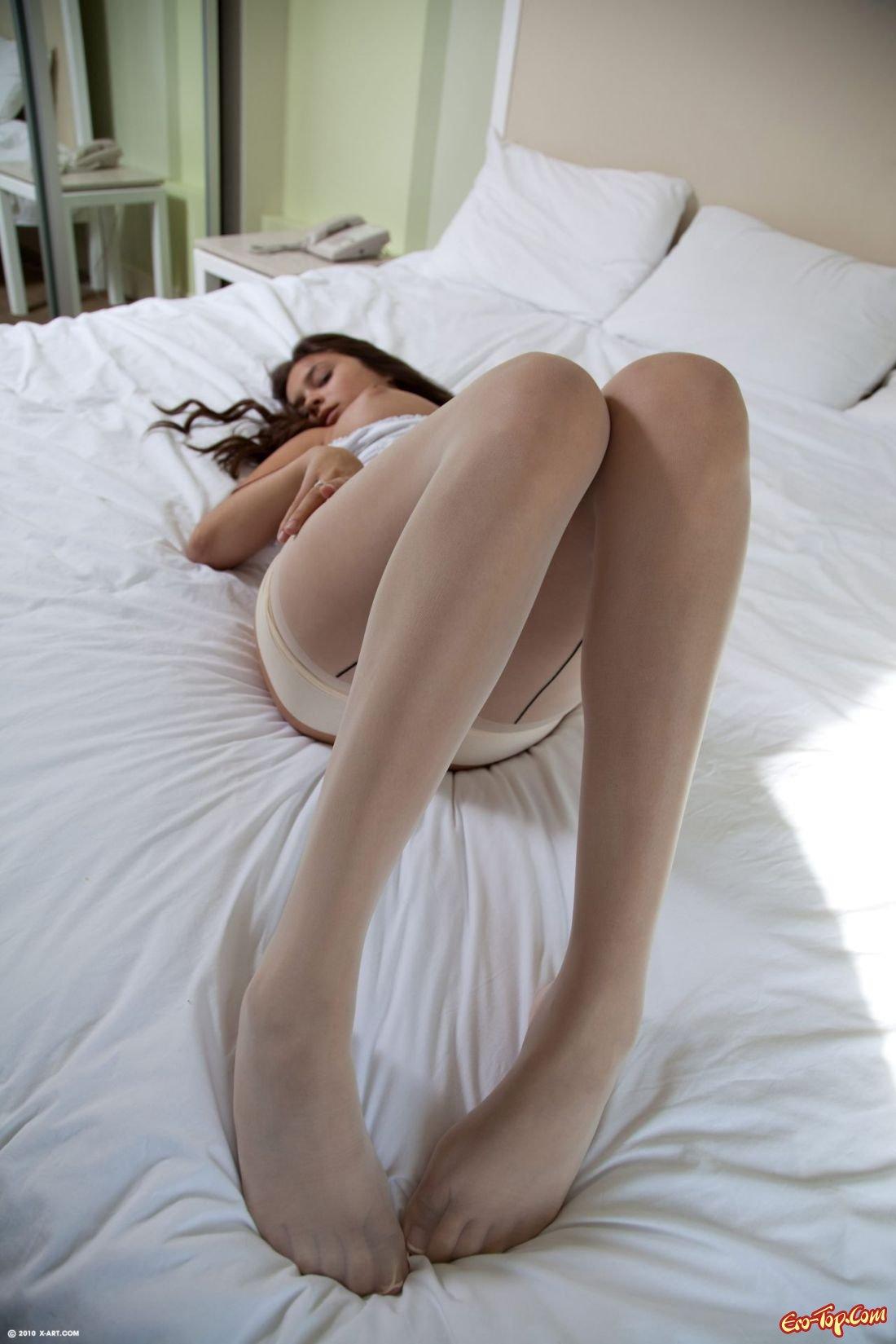 18-летняя девица с громадной грудью