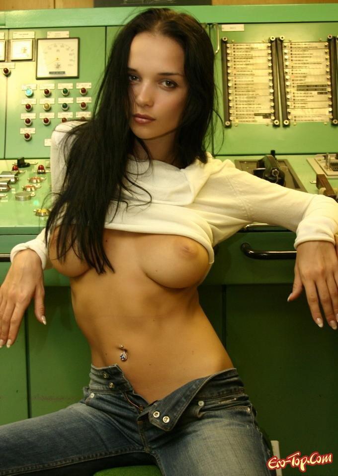 Яркие и голые девушки фото 803-843