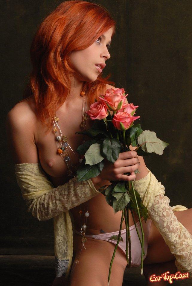 Рыжеволосая красивая девушка секс фото