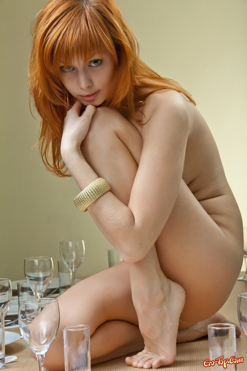 Красивые девушки эро фото