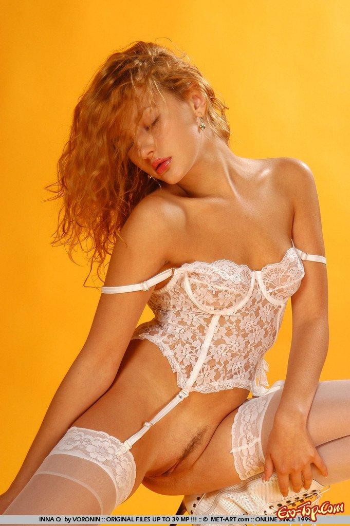 скачать эротические фото с девушками в нижнем белье и колготках с большой грудью