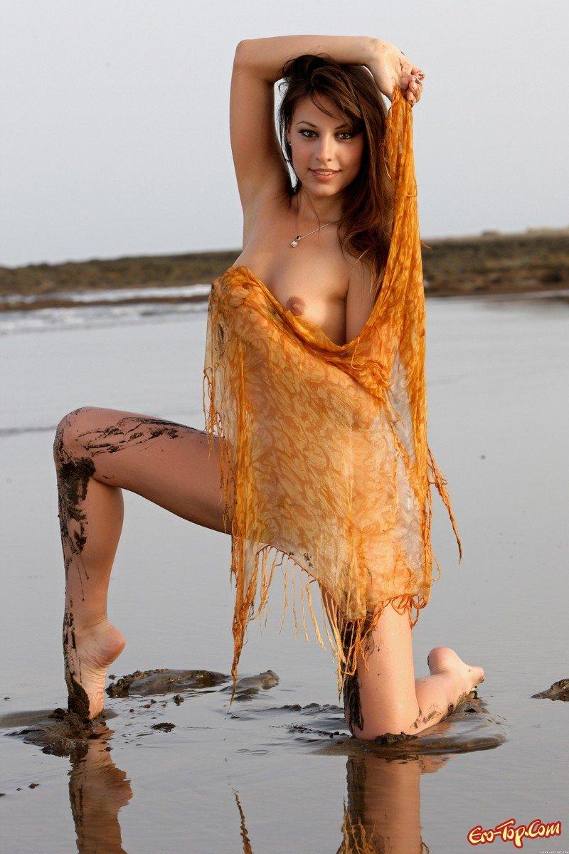 Топ-модель в грязи