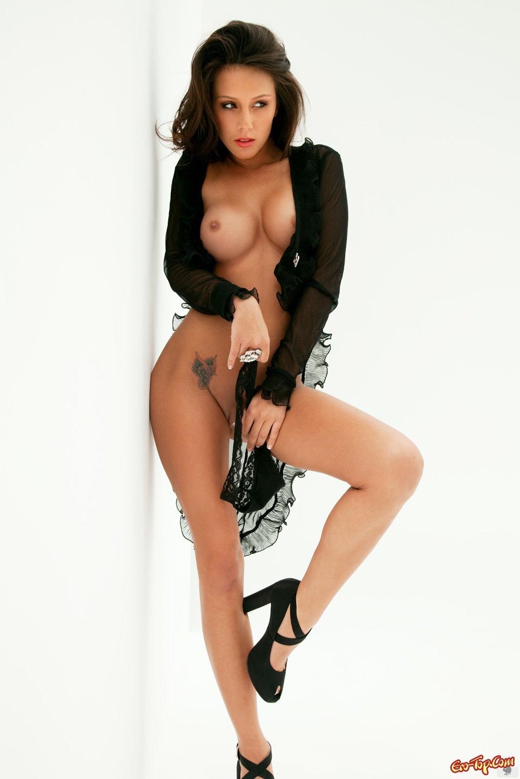 скачать эротика фото грудь и пизда