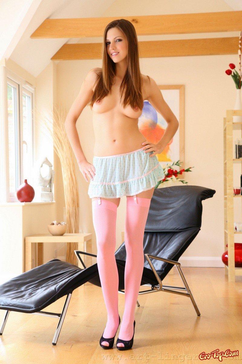 Порно Фото Девушки В Розовых