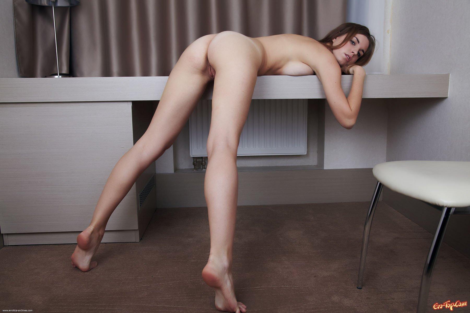 Фото голые развратные девки 24 фотография