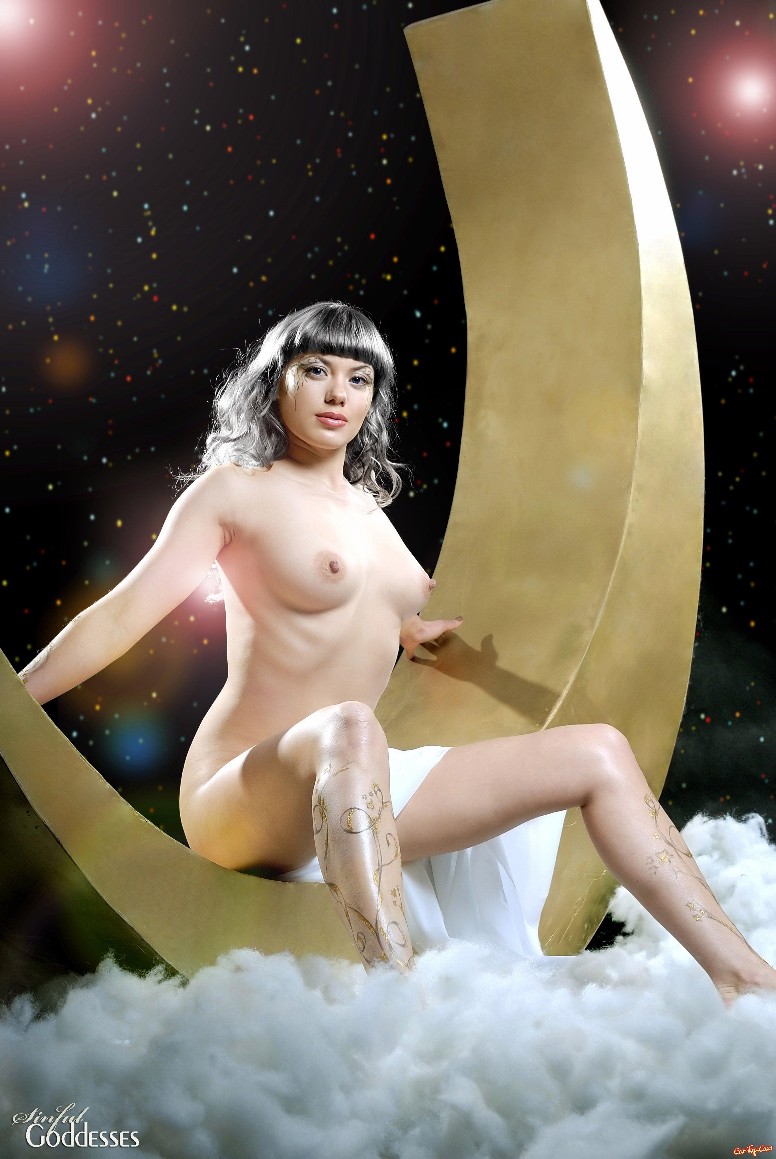 Лунная богиня