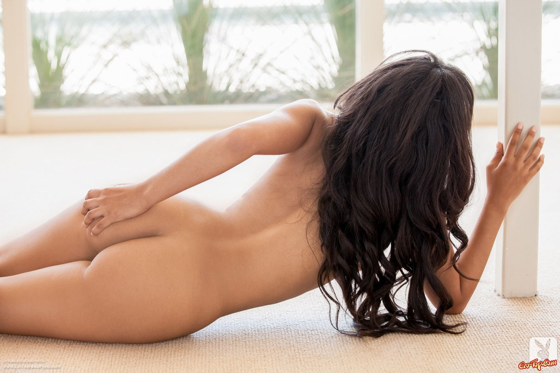 Kaylia Cassandra - мулатка Playboy секс фото