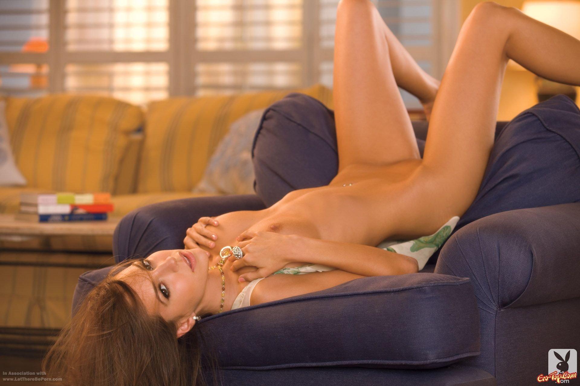 Shelby Chesnes - мисс июль Playboy 2012