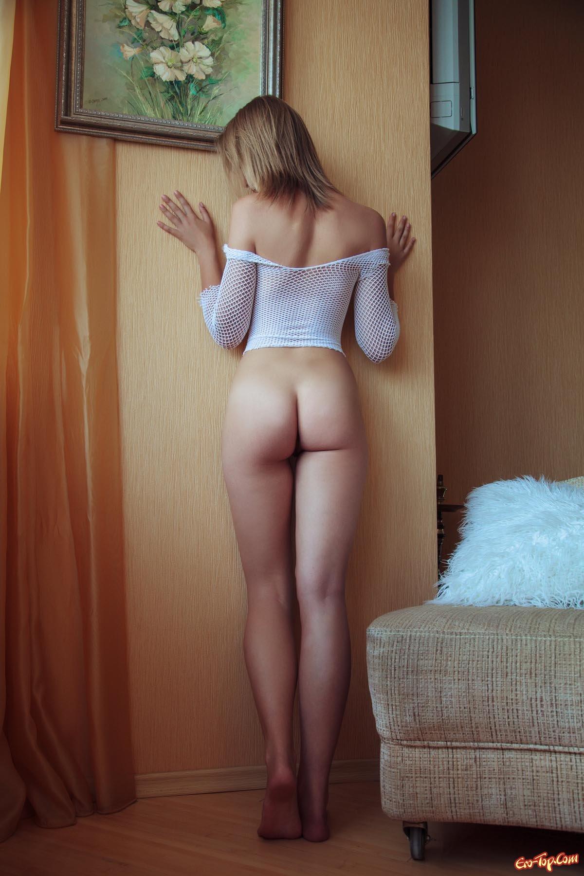 Юная красавица Rachel Blau секс фото