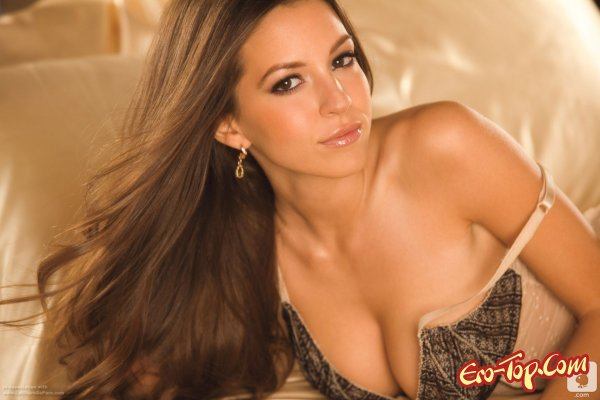 Shelby Chesnes - ���� ���� Playboy 2012