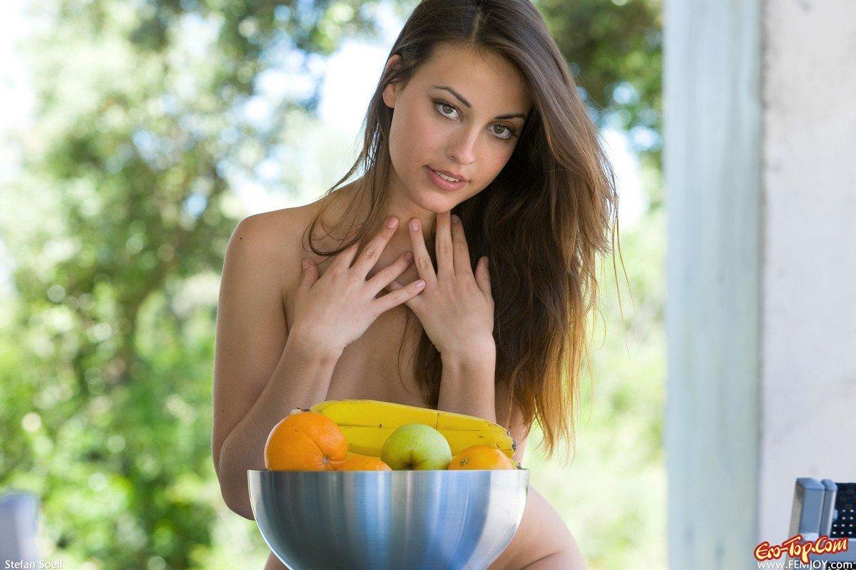 Гибкая Lorena Garcia секс фото