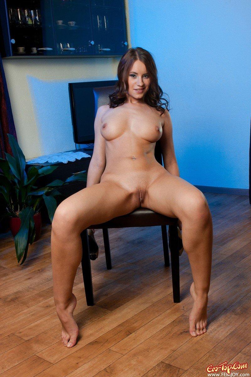 Страстная девушка секс фото