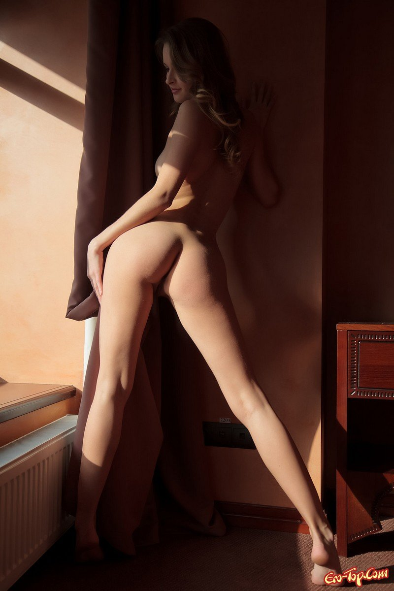Молодая крутая блонди секс фото