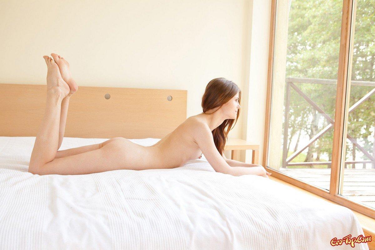 Милашка в кровати