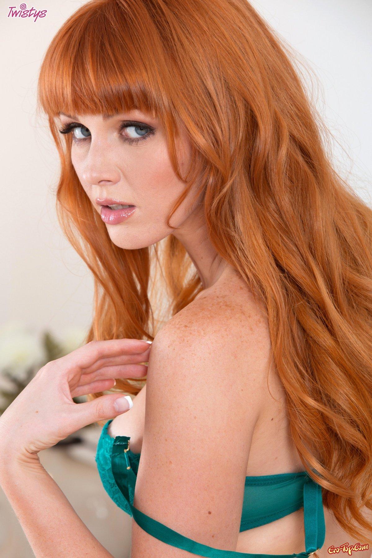 Marie McCray - волосатая пися секс фото
