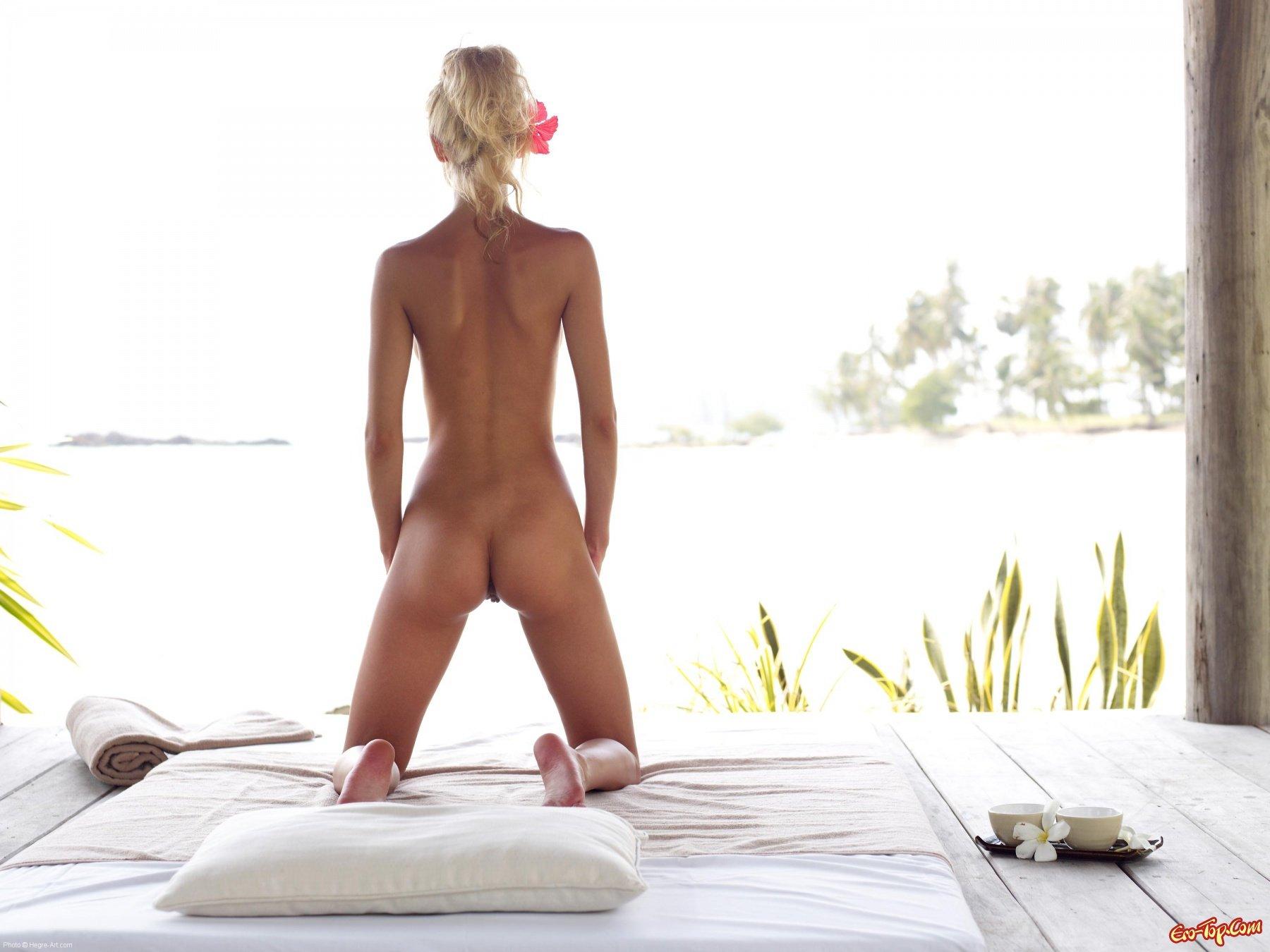 Anna S - загадочная и голая