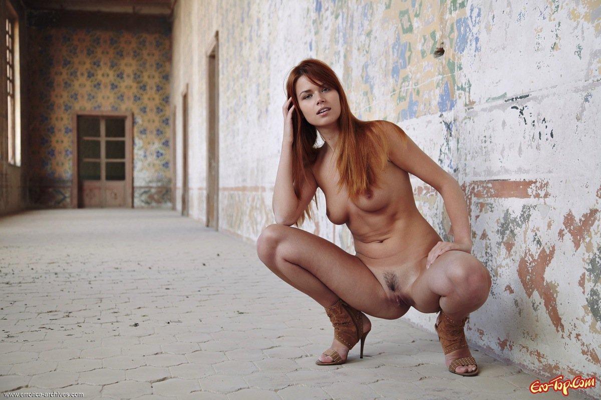 Рыжие полностью голые девушки 8 фотография