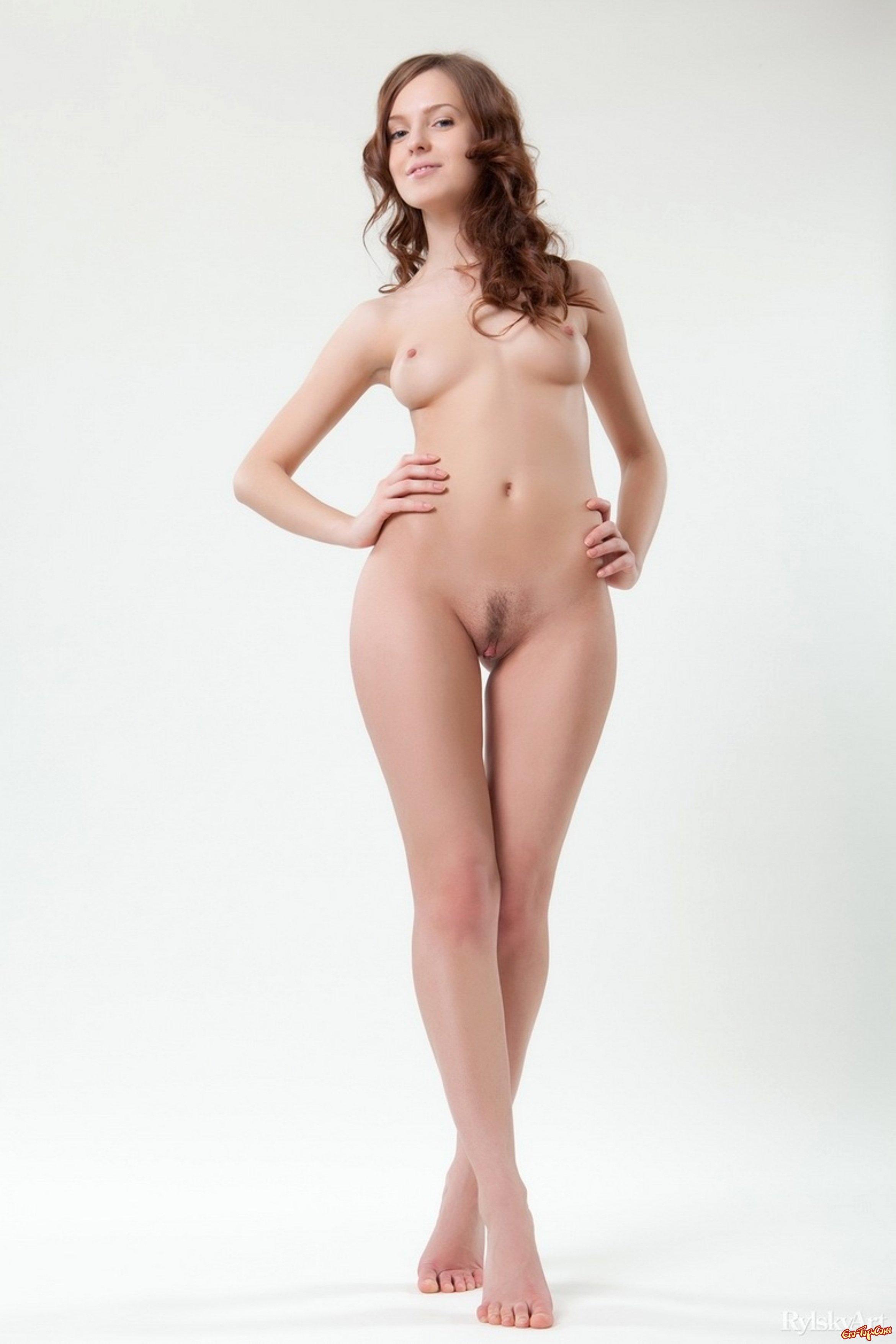 голые в студии