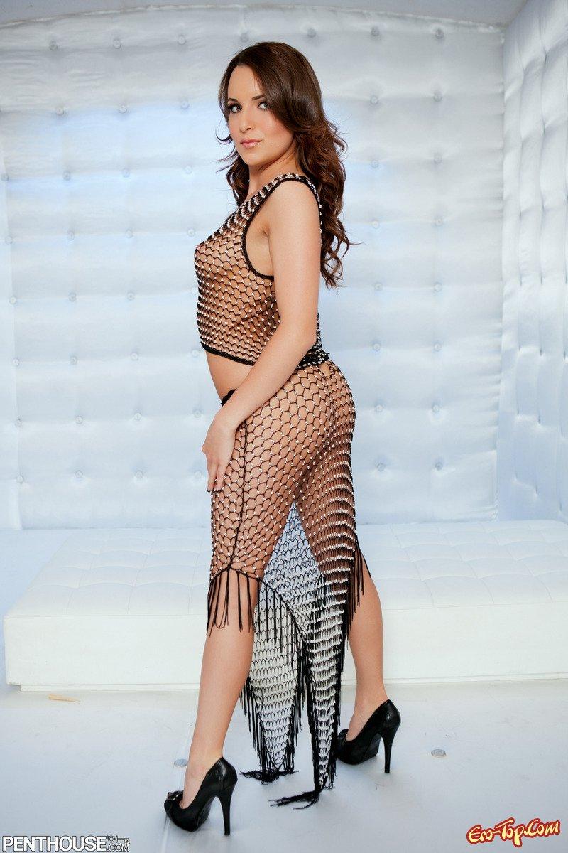 Красотка Jenna Rose