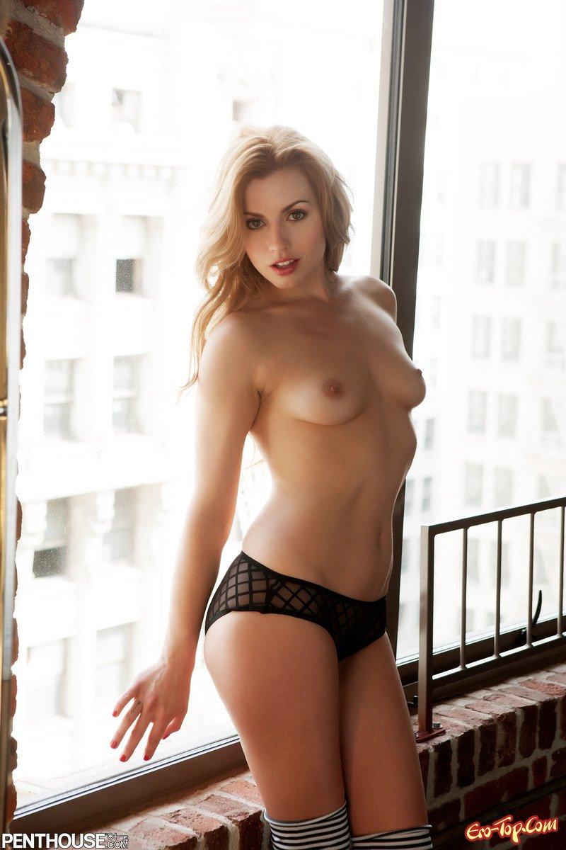 Юная Lexi Belle секс фото