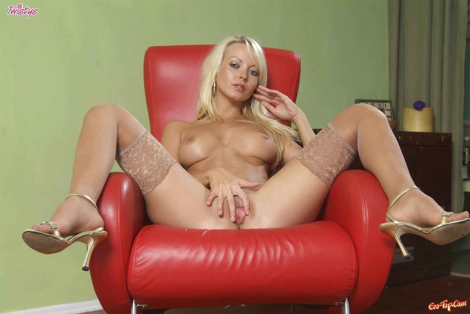 Чулки блондинка порно 13 фотография
