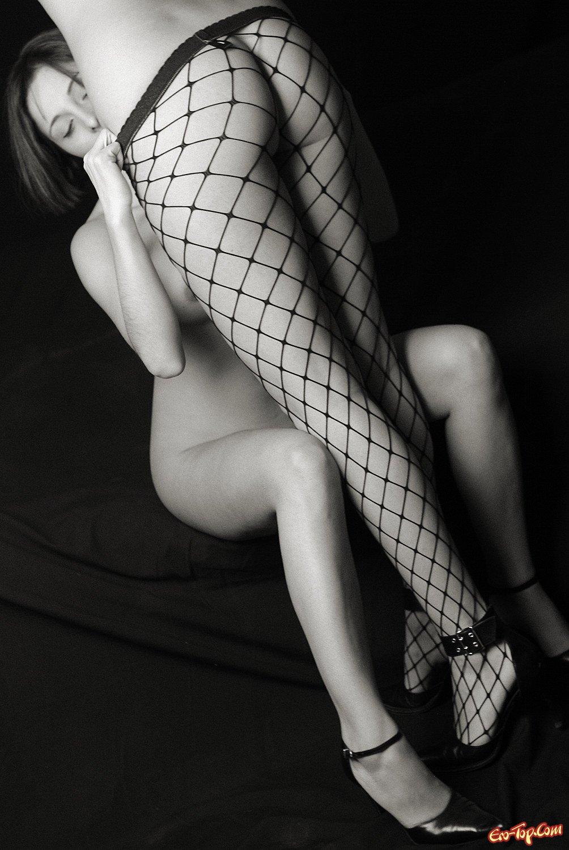 Черно белая клубничка