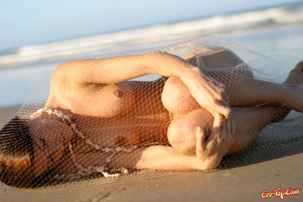 Позы перед камерой на пляже