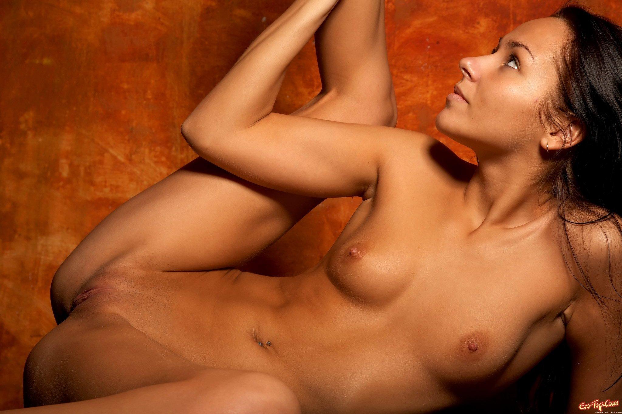 golie-seksualnie-devushki-seks