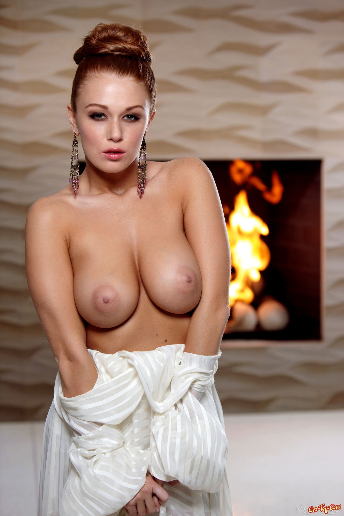 Erotic breast maas porno photos