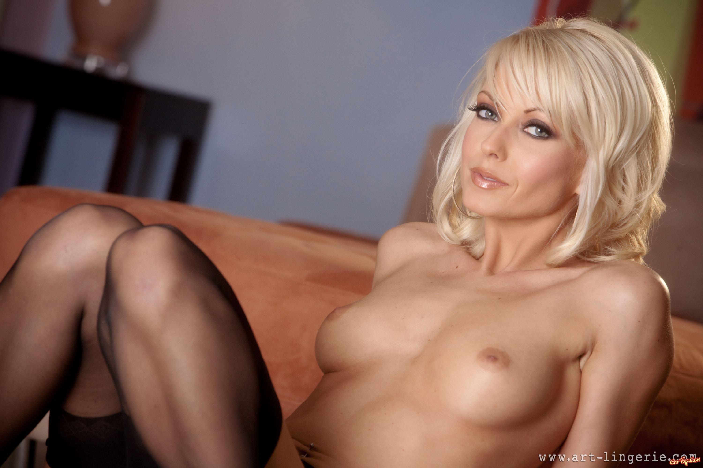секс фото в аналь игрушками толстий женшины