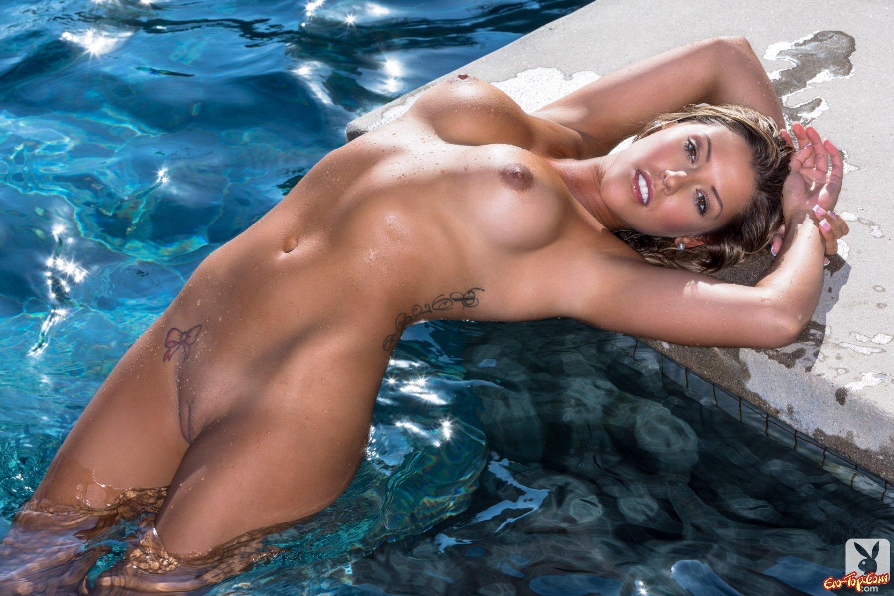Woman в купальнике