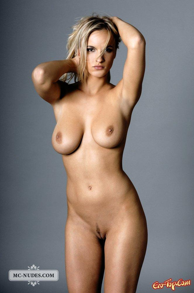 Фигуристые голые девки фото 45785 фотография