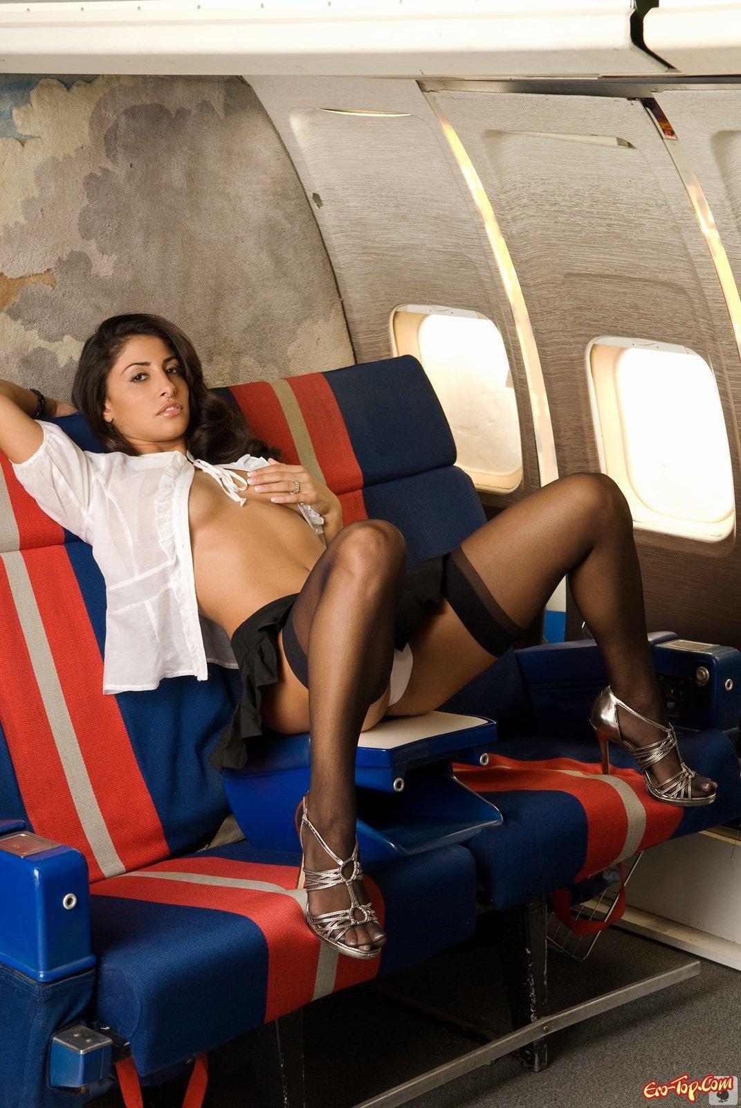 фото стюардесса в чулках