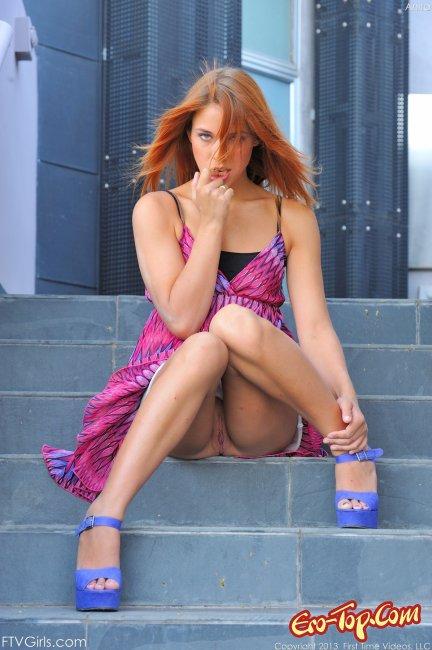 голые коленки девушек фото