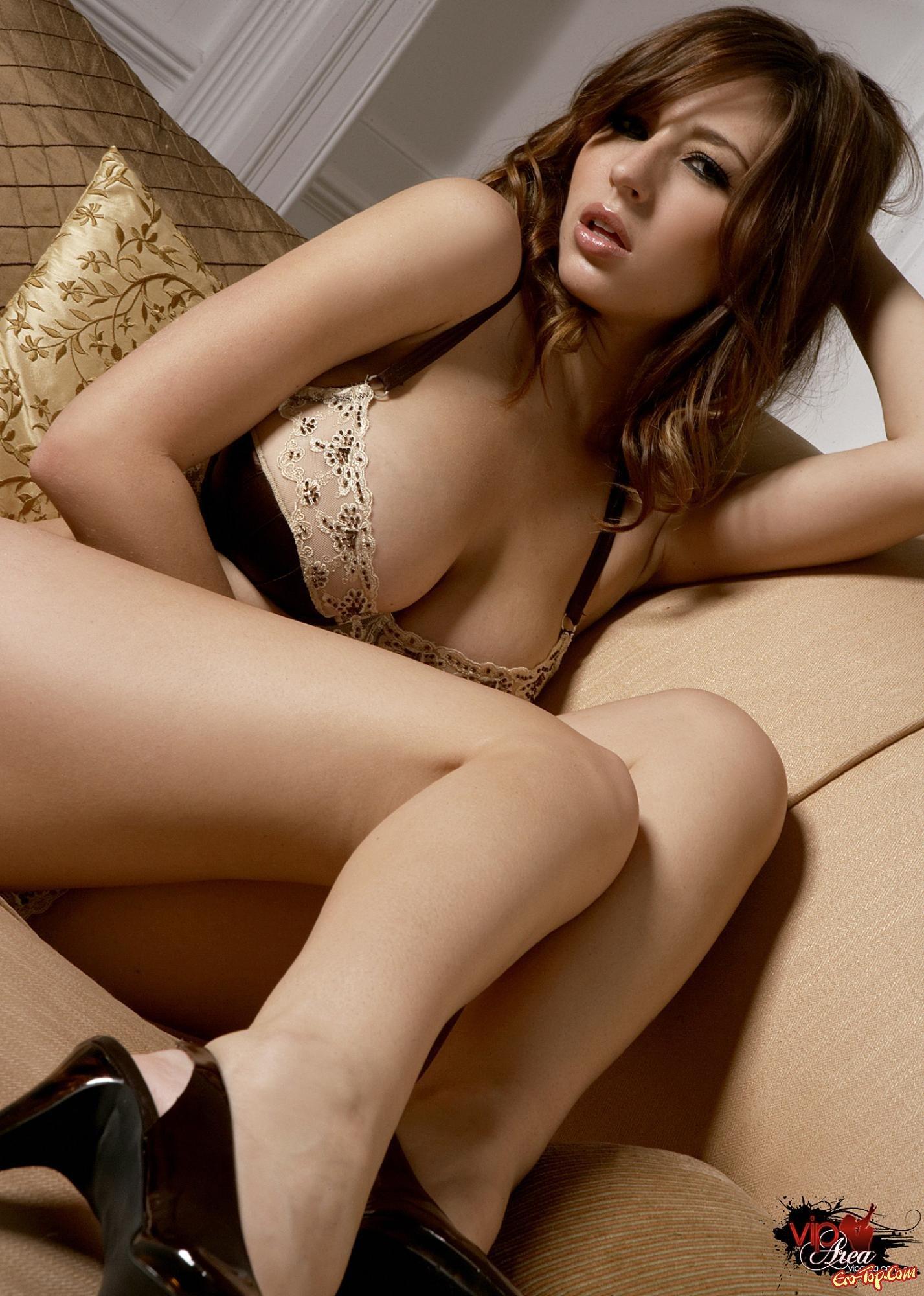 Хорошая голая девушка смотреть эротику