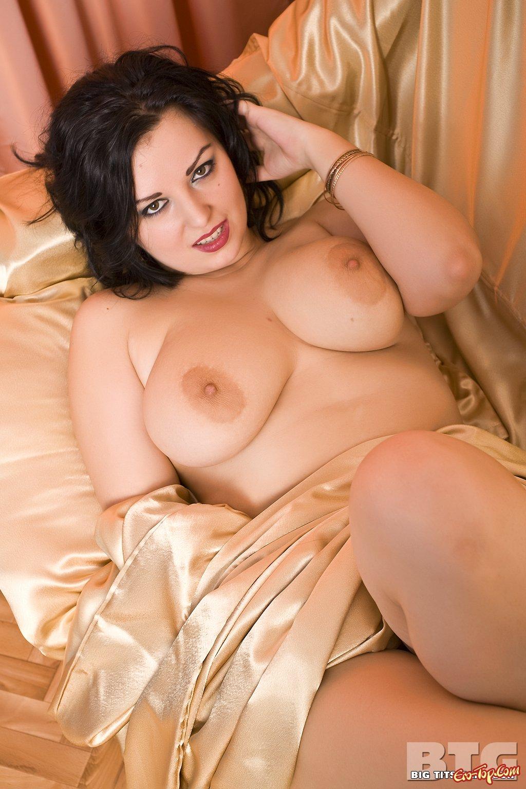 Толстая женщина с большими сиськами 10 фотография