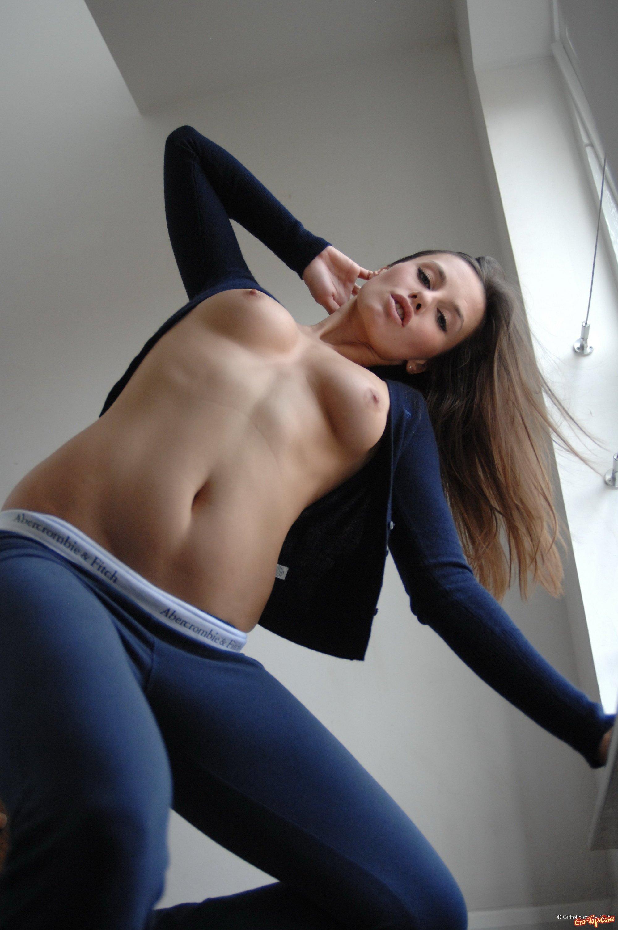 с джинсами обтягивающими девушек фото порно