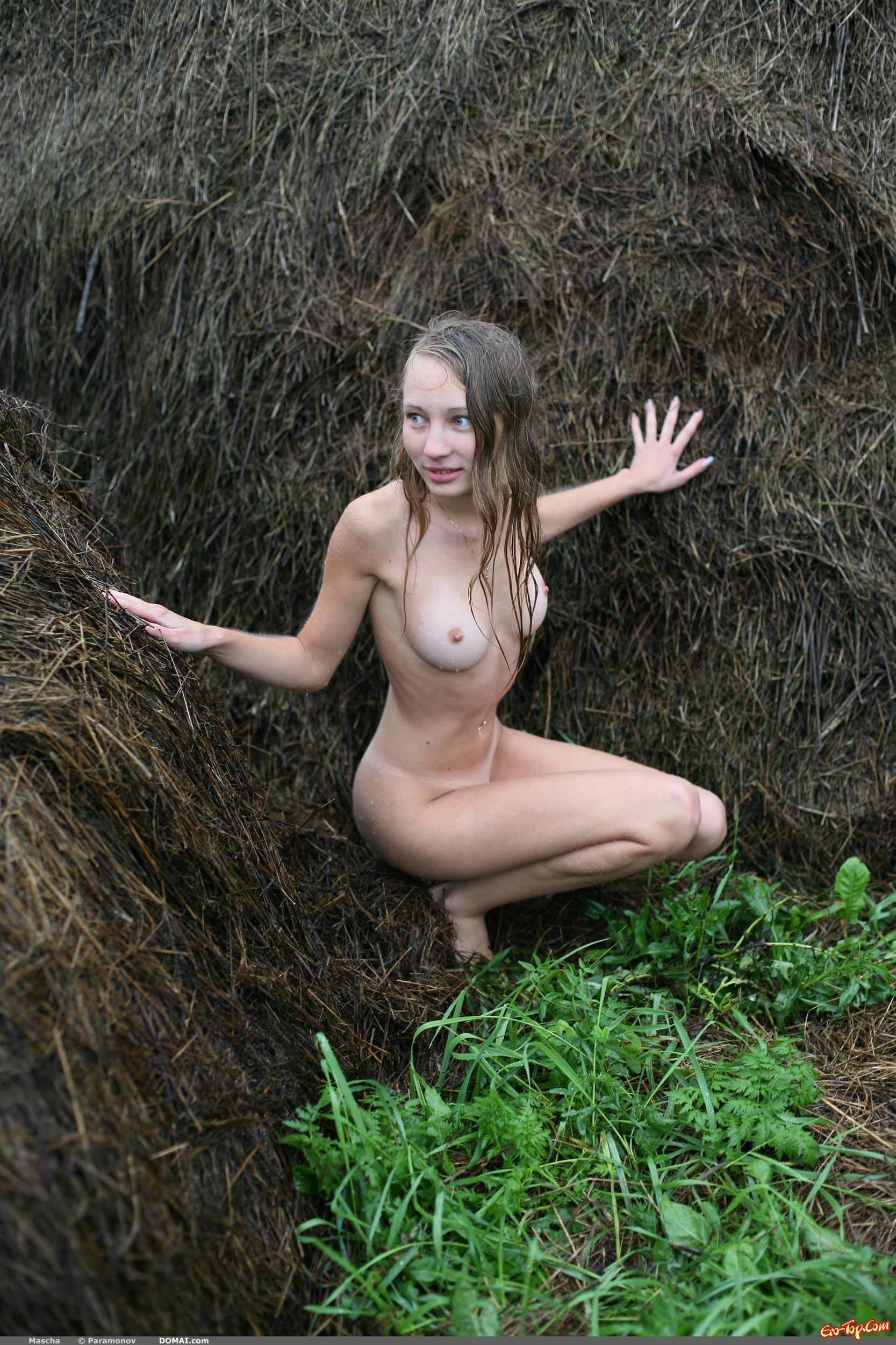 Фото голых деревенских шлюх 21 фотография