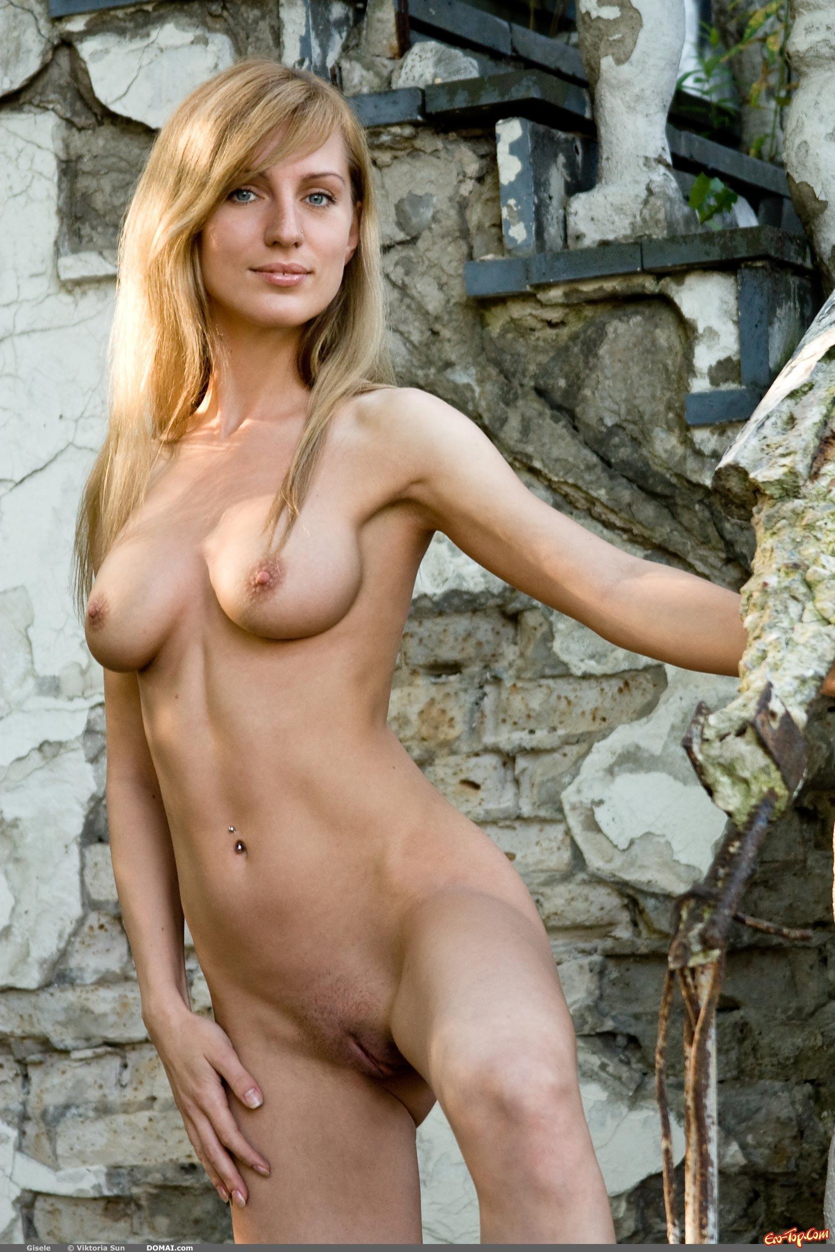 stroynie-golie-dami-foto