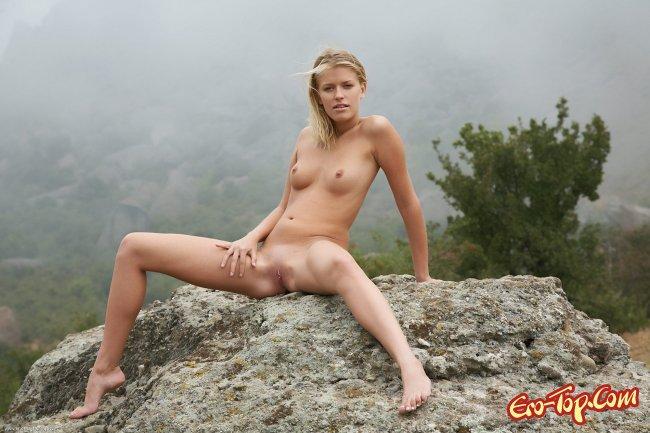 фото видео голых девушек в разных позах