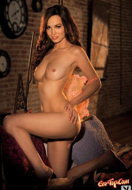 Голая натурщица секс фото