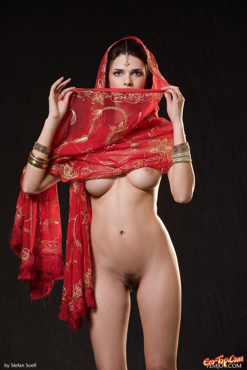 Секс и груди индианки 13 фотография