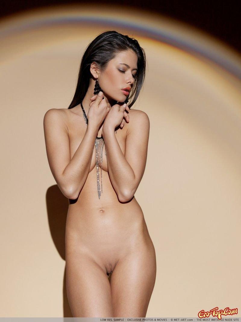 Фото голых моделей на показе 7 фотография