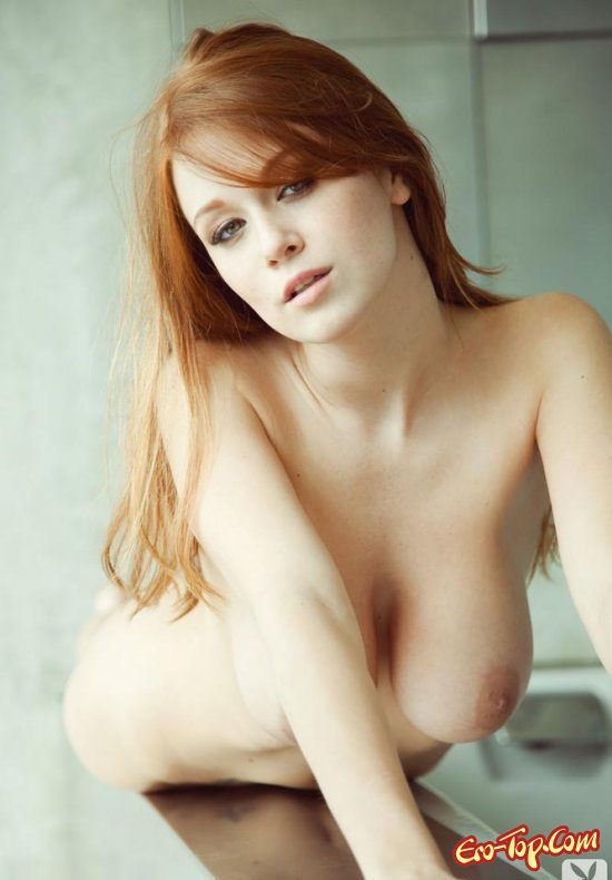 самая большая грудь фото без маек