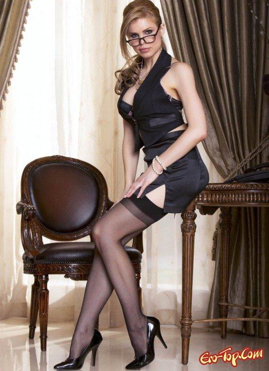 Очень красивая секретарша