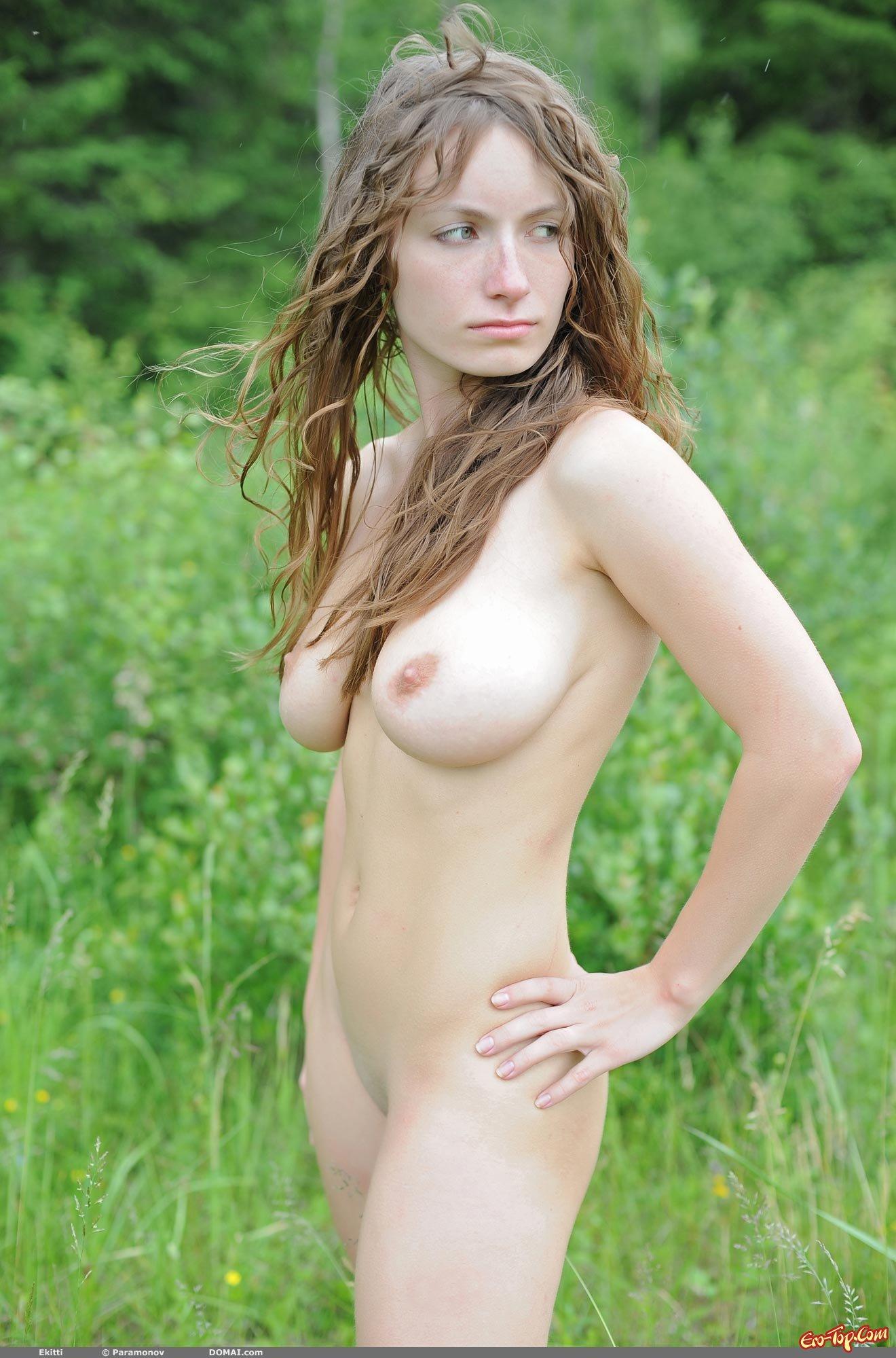 Натуральные гигантские груди смотреть эротику
