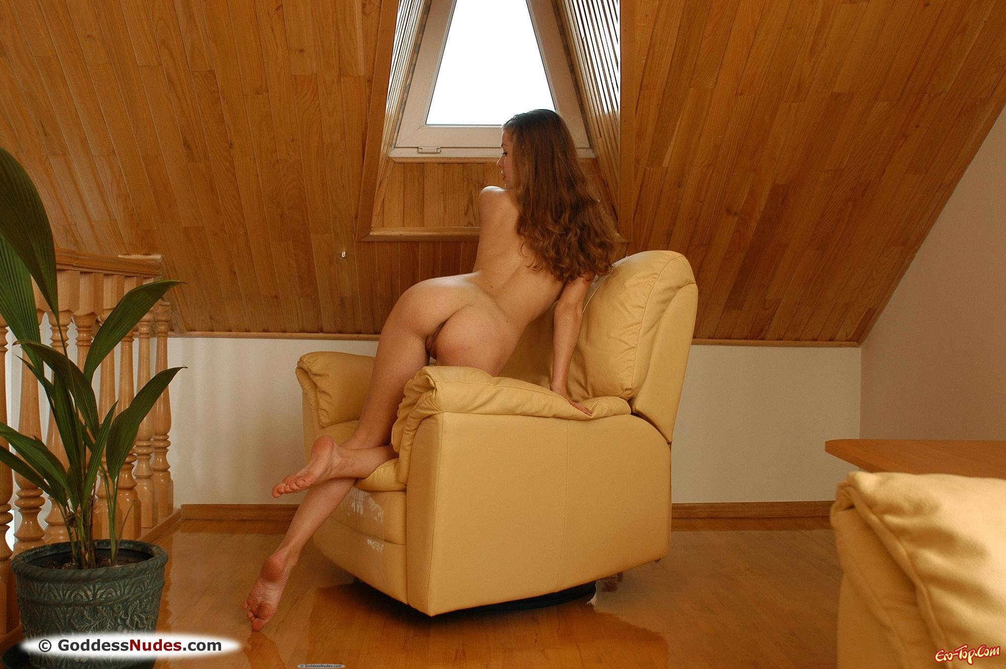 Проститутка с изящной задницей