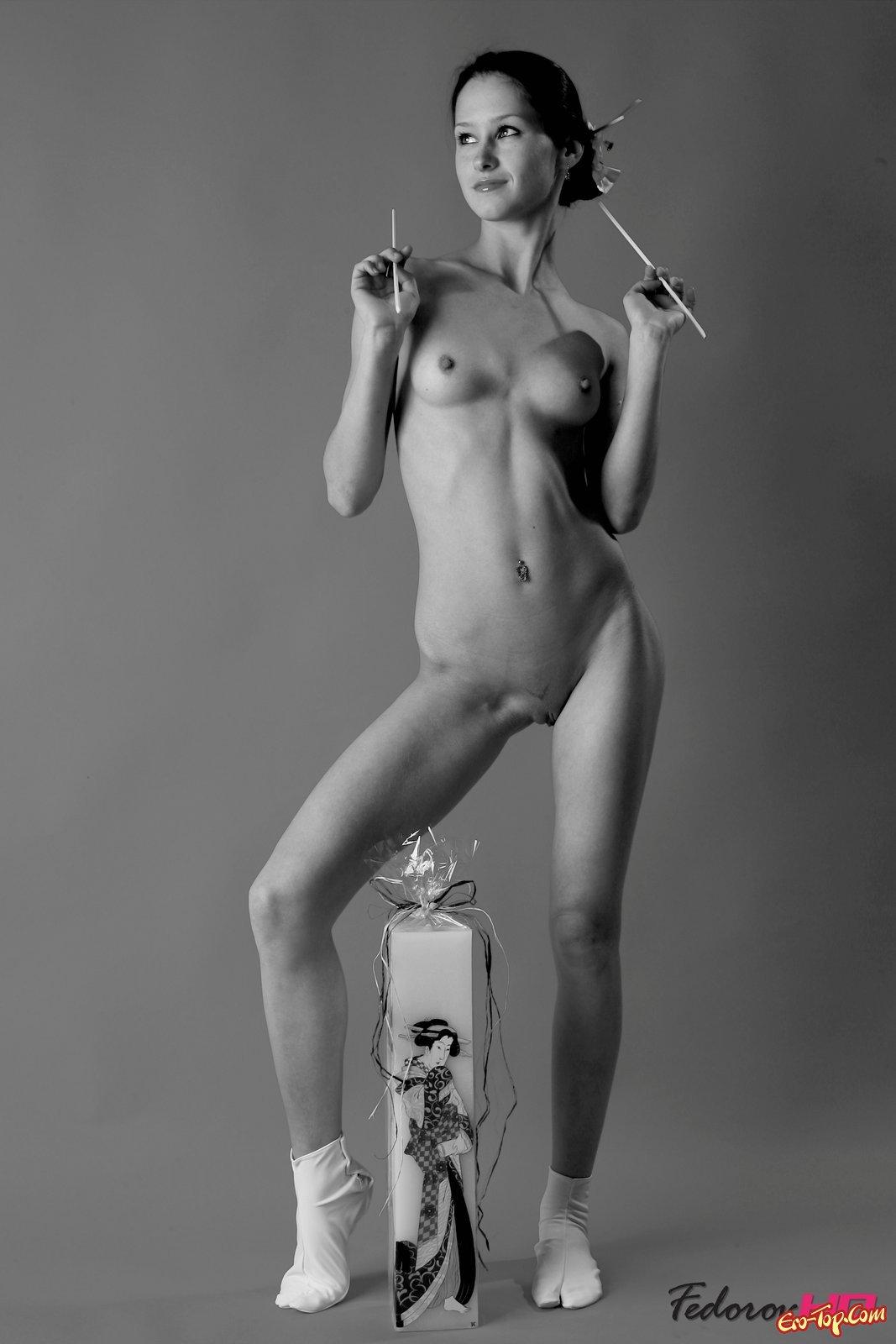 девушки в трусиках красивые женские трусики на фото