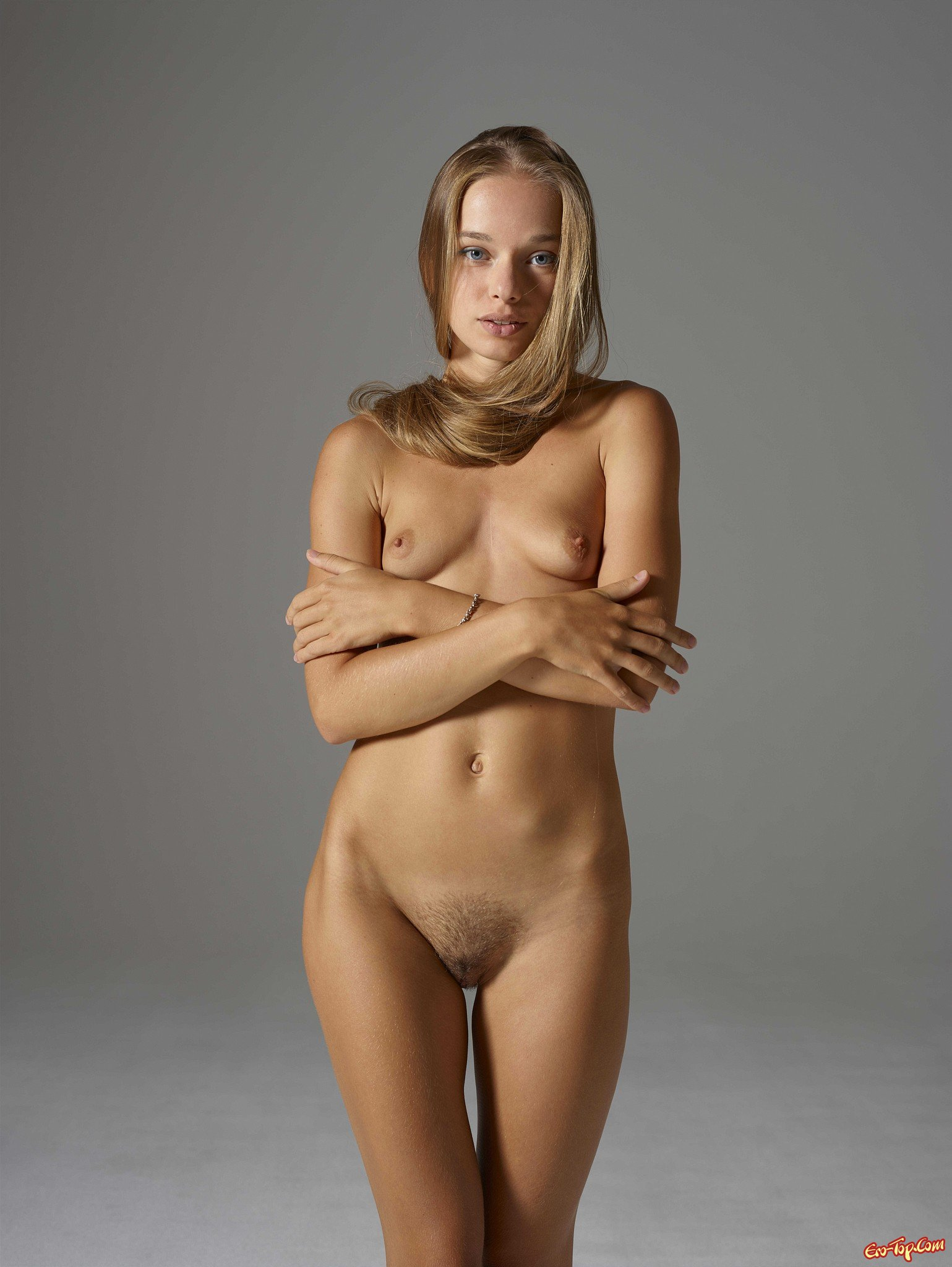 naked self shot gifs