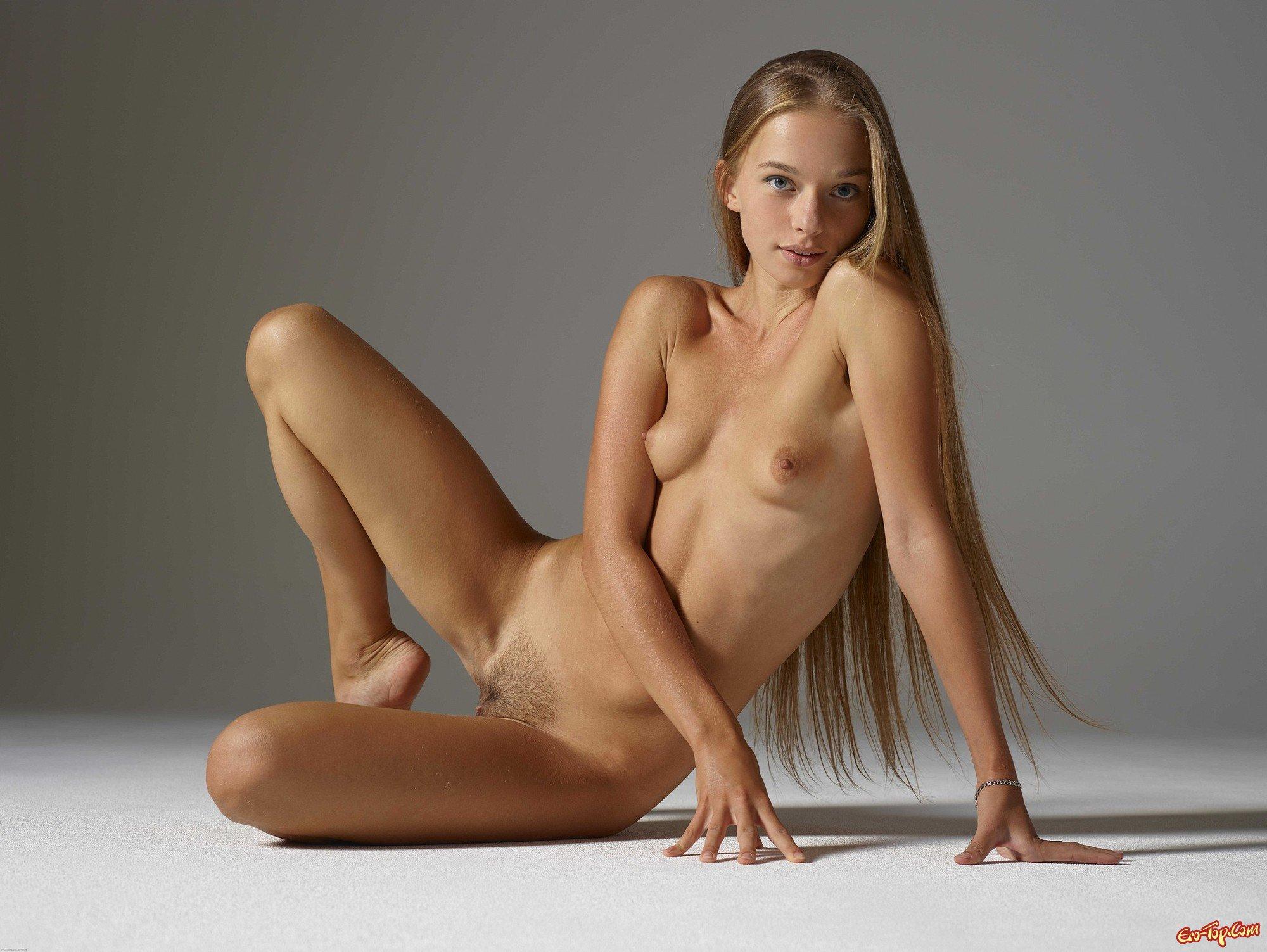 Юные модели фото ню, Голые молоденькие - фото обнаженных молоденьких 5 фотография